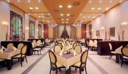 ホテル 食堂