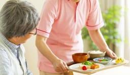 老人ホーム 介護