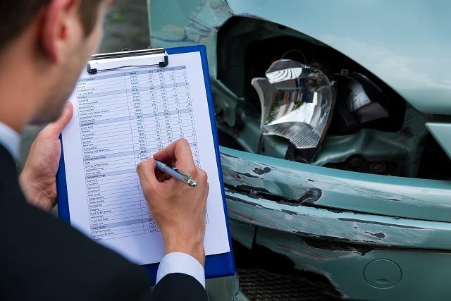 保険金 自動車 修繕